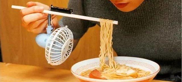 Noodle-Cooling-Chopsticks